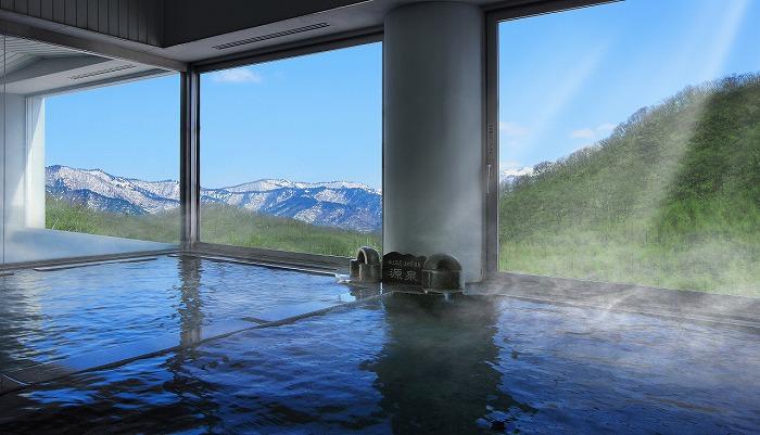 水上高原ホテルの大浴場は開放的な景色が魅力